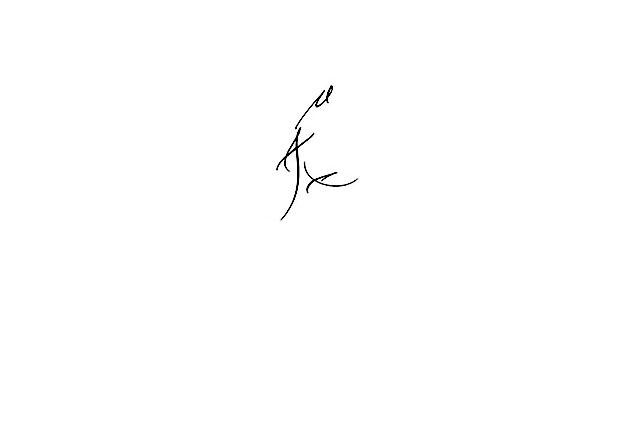 Calligraphie tatouage prénom max, calligraphie paris, calligraphe gestuel, calligraphie tatouages écriture paris, calligraphie tatouage poignet prénom, calligraphe paris, calligraphie gestuelle, tatouage calligraphie, tatouages lettres calligraphie paris